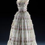 Robe de soir, vers 1953_Musee Mode & Dentelle ©Y.Peeters-A.Dohet