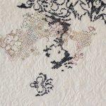 2014.Vier seizoenen en een half_Een hulfde aan de borduurwerken van Helène de Rudder_Hannah De Corte