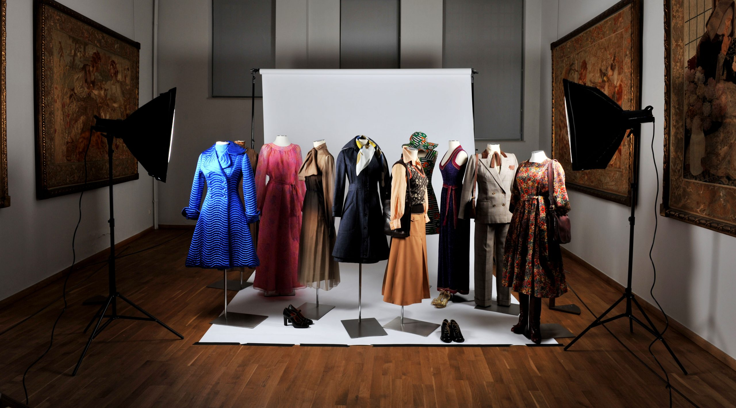 Exposition Crinolines & cie ©Musee Mode & Dentelle