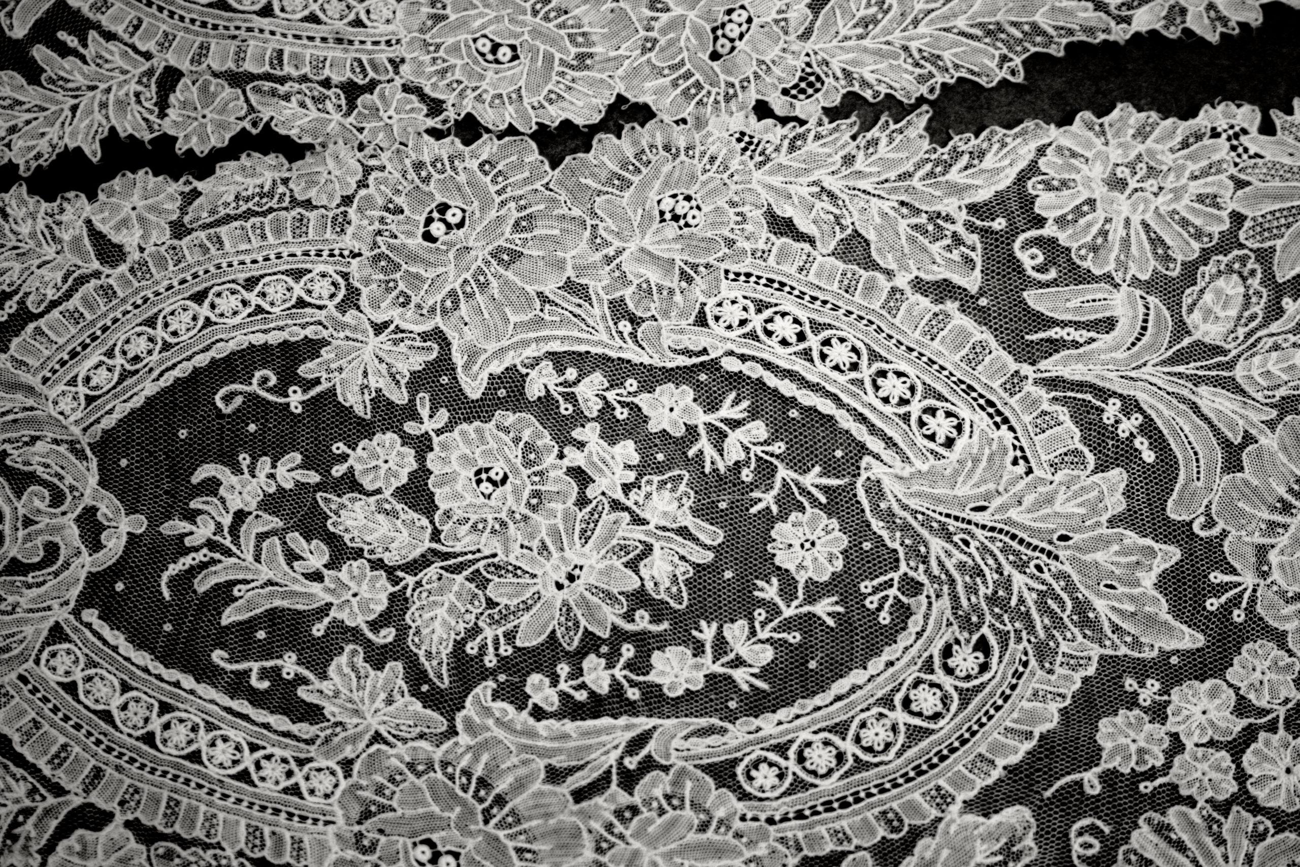 Sjaal van gaaskant, katoen, 2de helft 19de eeuw